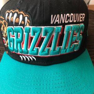 Vancouver Grizzlies hat
